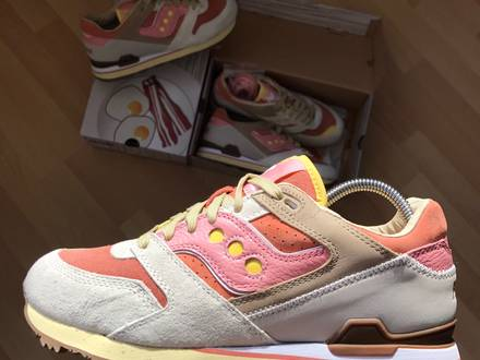 <strong>Saucony</strong> x Feature Courageous Backon and Eggs soho footpatrol invictus acht amsterd - photo 1/7