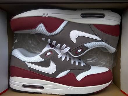 "Nike Air Max 1 ""Essential"" (Burgundy) - photo 1/3"