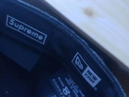 Supreme new era R.I.P Box logo cap - photo 1/4
