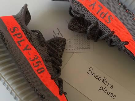 Adidas yeezy 350 V2 Grey Orange Beluga Black OG - photo 1/7