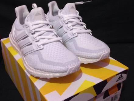 <strong>Adidas</strong> <strong>ultra</strong> <strong>boost</strong> <strong>triple</strong> <strong>white</strong> 2.0 - photo 1/4