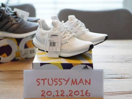 <strong>Adidas</strong> <strong>Ultra</strong> <strong>Boost</strong> <strong>Triple</strong> <strong>White</strong> 1.0 - photo 1/4