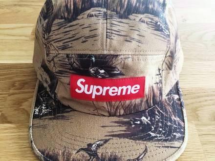 supreme - photo 1/4