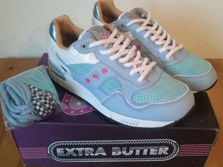 """Saucony Shadow 5000 x Extra """"Butter For The People"""" - photo 1/4"""