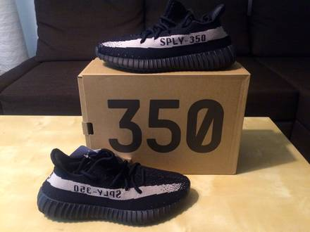 Adidas Yeezy Boost V2 350 Oreo Black/White - photo 1/3