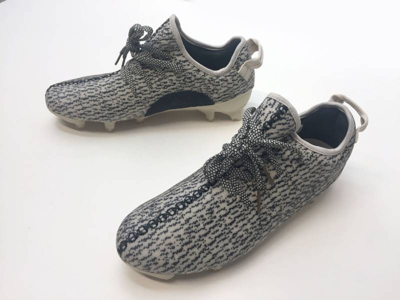 Adidas Yeezy boost 350 Turtle Dove *size 11