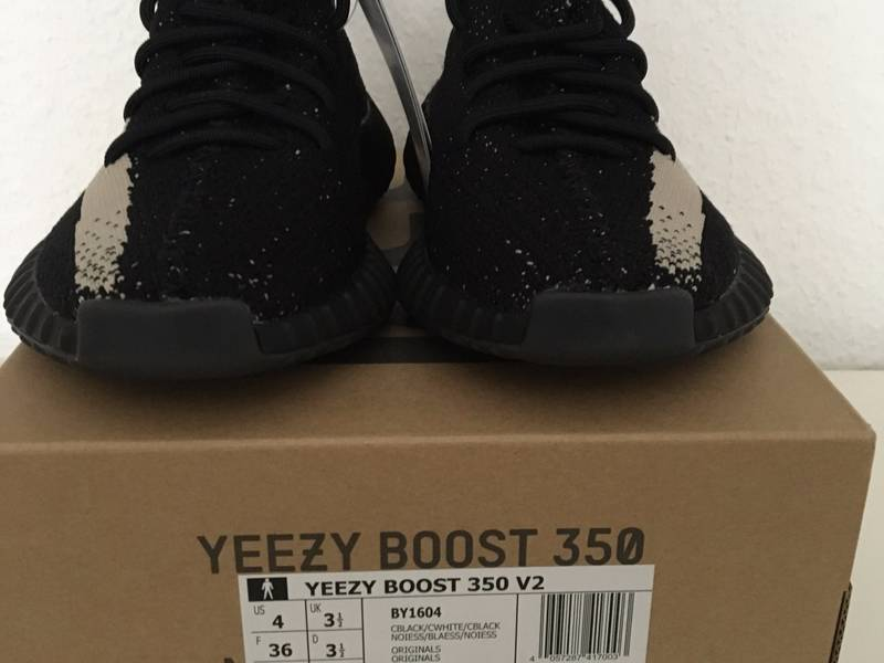 c1f475d5d7a60 adidas Yeezy Boost 350 V2 Black Core White By1604 Size 9 Kanye