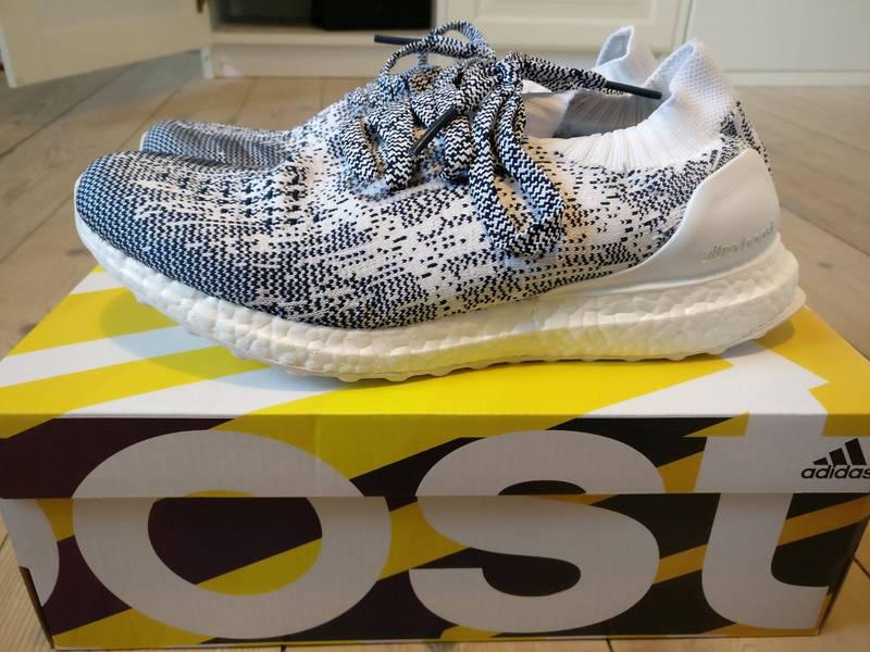 97d0e3587 Adidas Ultra Boost Triple White (2.0) 2016 Mens AQ5929 Size 13 ...