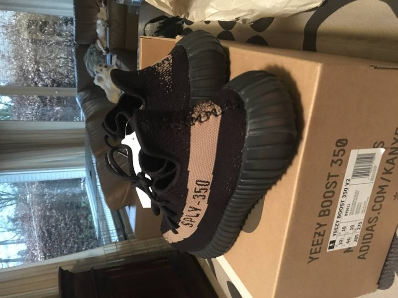DS Yeezy 350 V2 Green US10.5 - photo 2/4