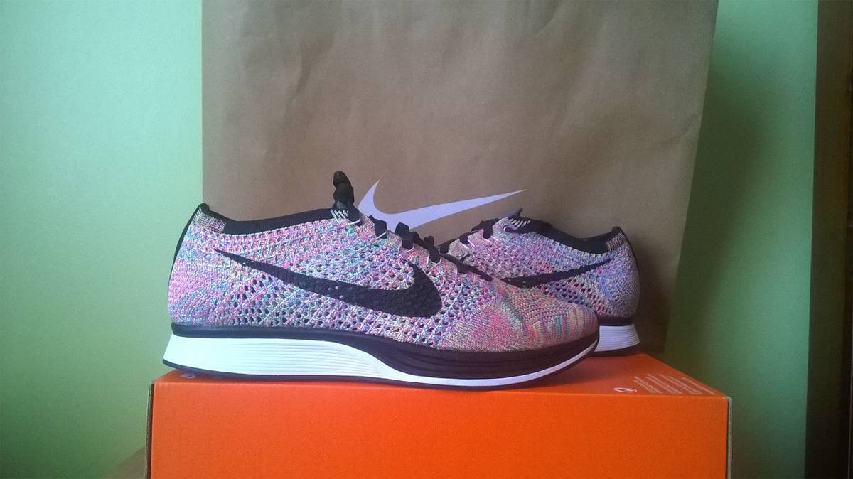 nike flyknit racer multi-color - photo 1/6