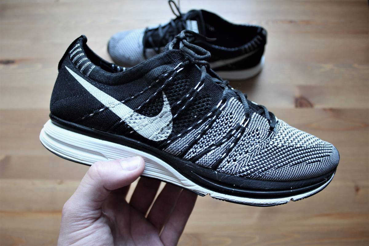 54cced04fccc ... Nike flyknit trainer black white unpadded 2012 532984-010 7us uk6 eur40  25cm used no . ...
