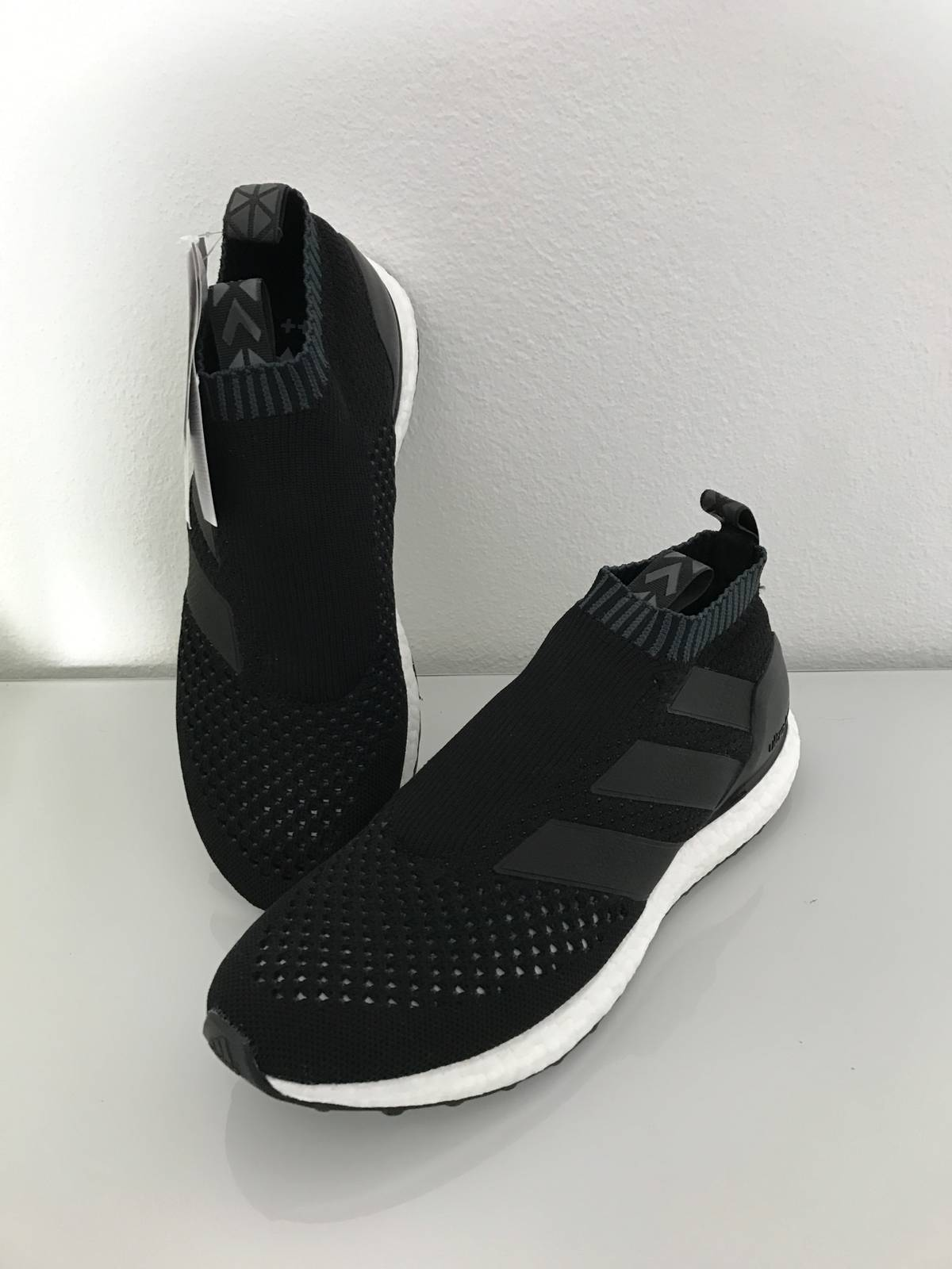 ADIDAS ACE 16 PURE CONTROL ULTRA BOOST (BLACK/WHITE