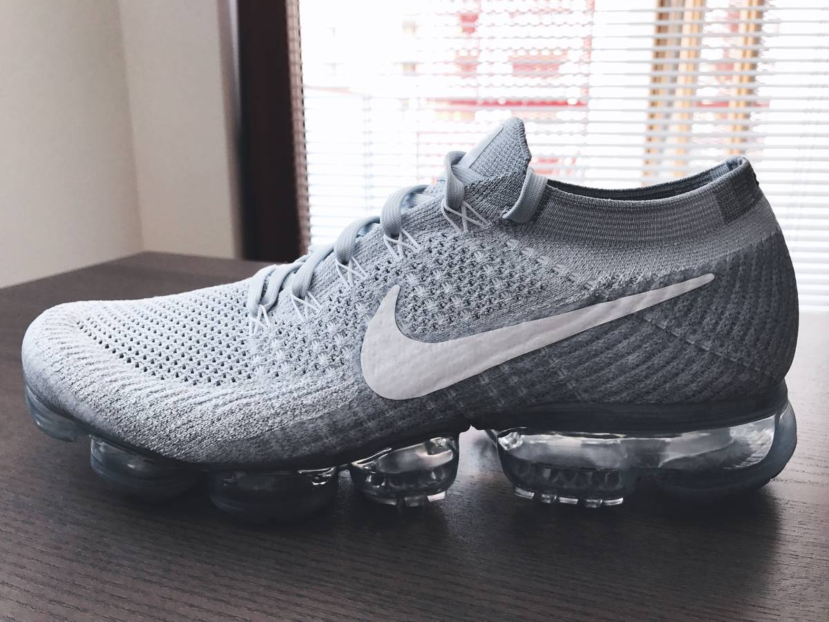 Nike Flyknit Air Max Men's Running Shoe. Nike HR
