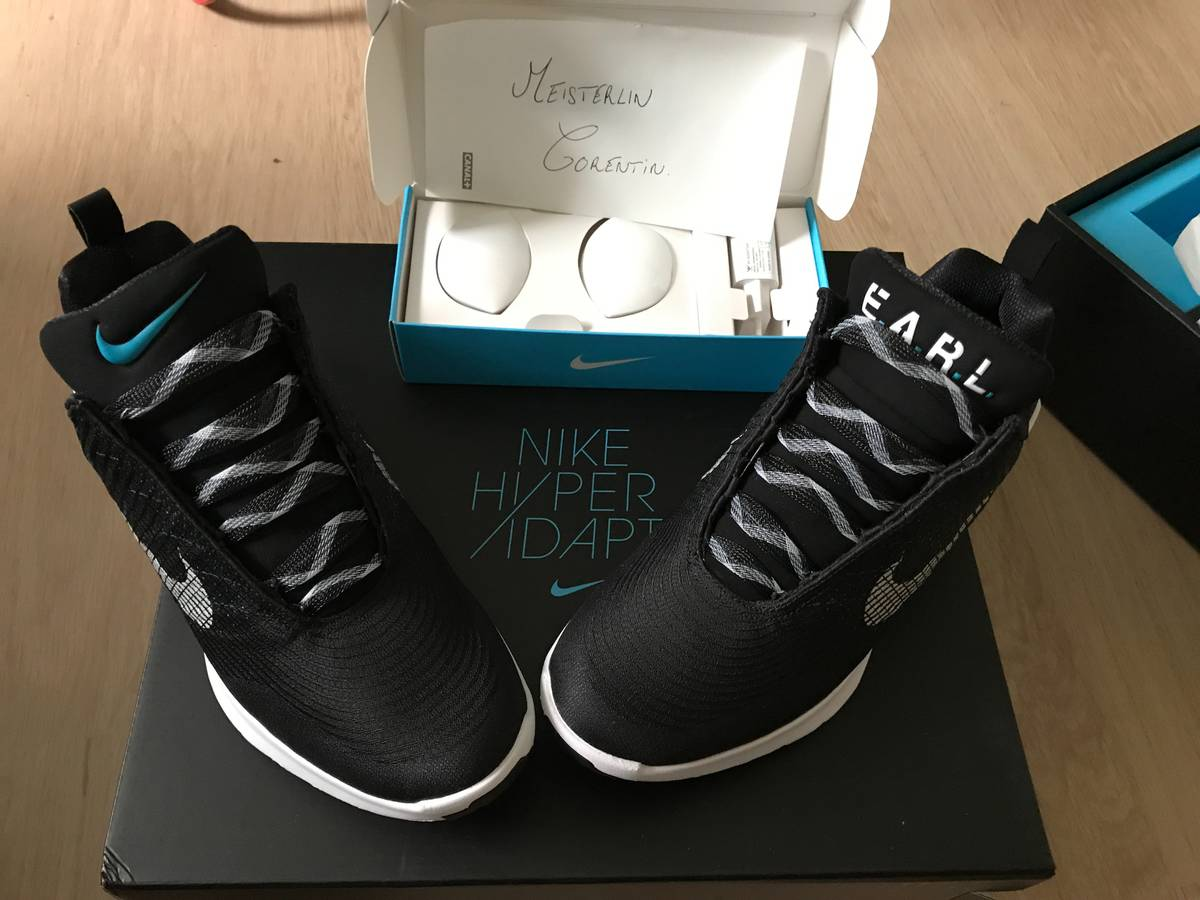 39b1d230bd5 ... nike hyperadapt 1.0 black blue lagoon photo 1 5 ...