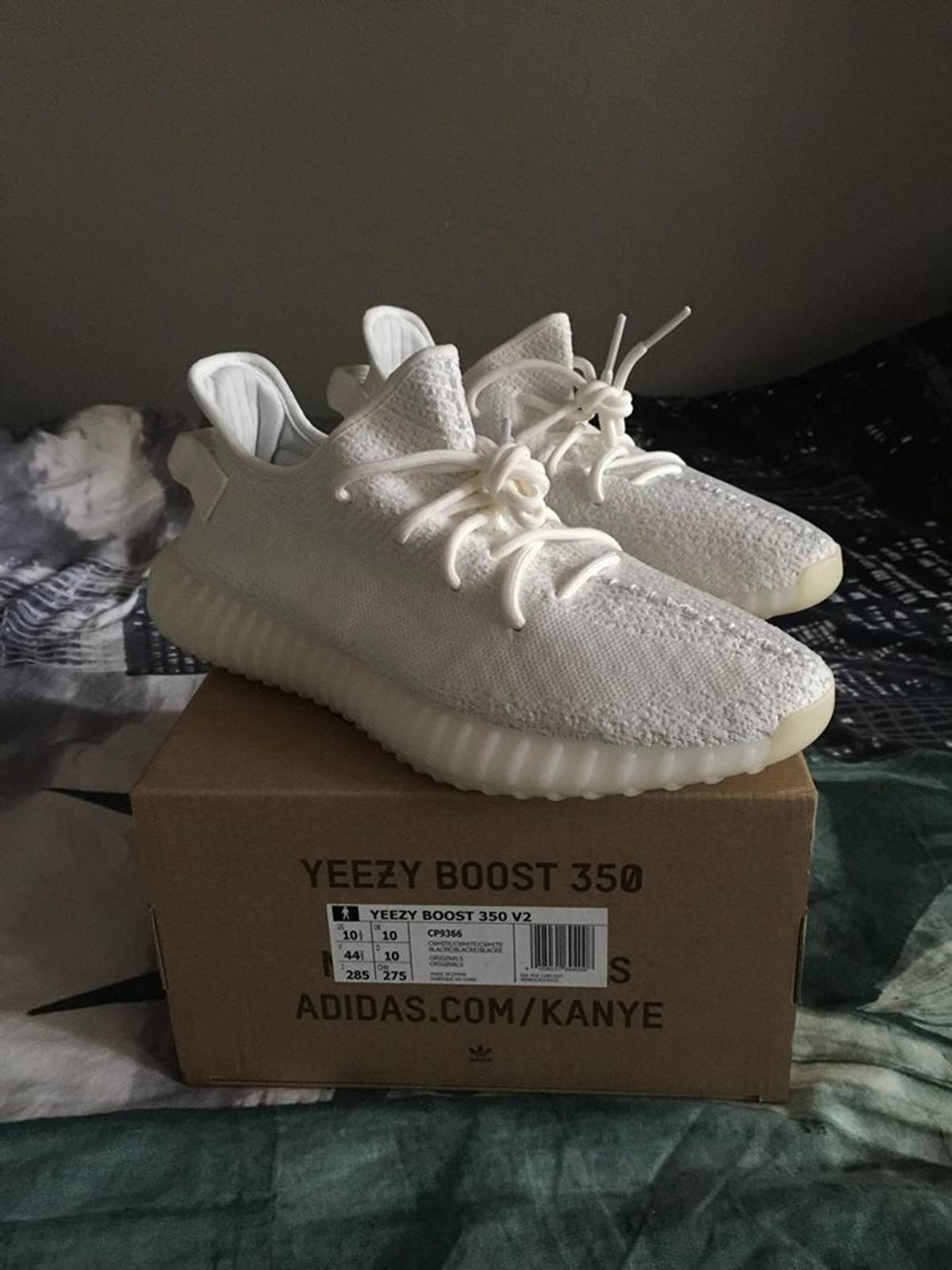 Yeezy Boost 350 V2 Triple White Outfits!! #GONZOGOTGAME