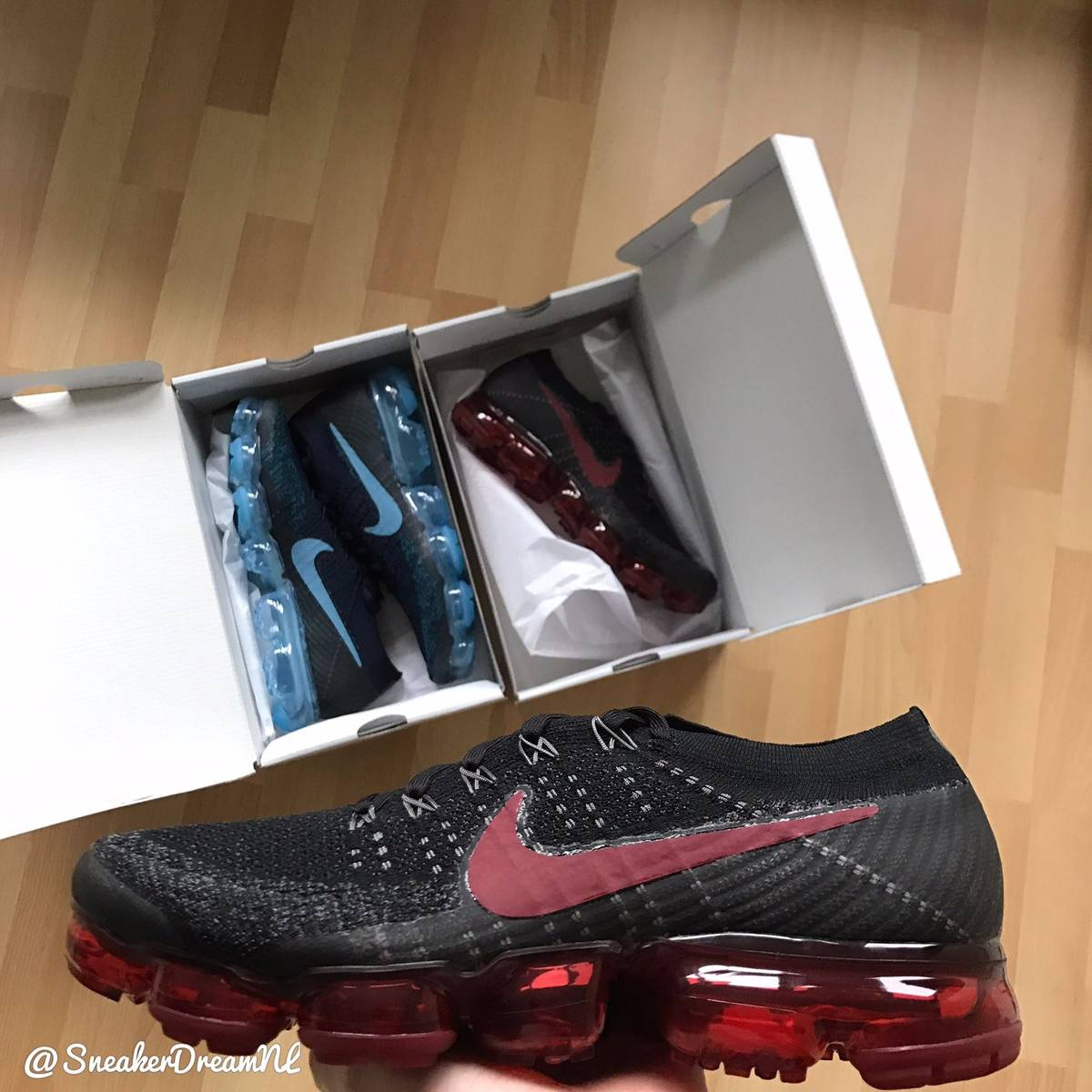... nike air vapormax dark team red bred triple black be true comme garcon  ... fa838462d958