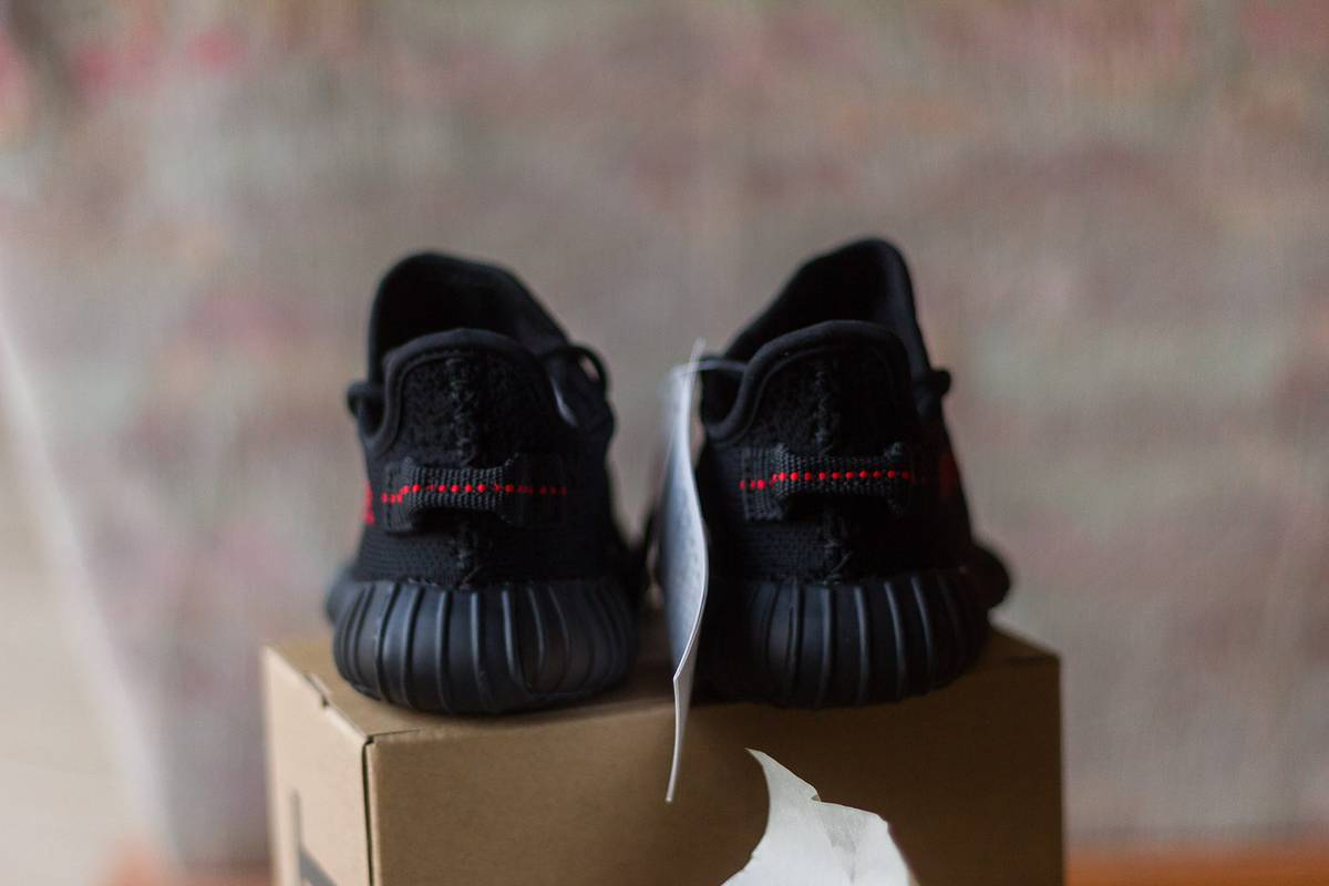 13a36ca75d86e Adidas Yeezy Boost 350 V2 Infant Black Red Bred Deadstock BB6372