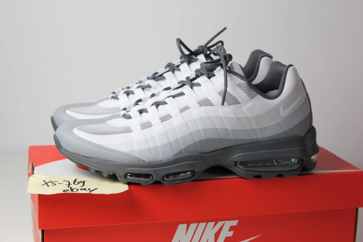 nike air max 95 ultra essential wolf grey white black 6 7. Black Bedroom Furniture Sets. Home Design Ideas