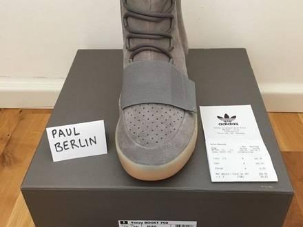 Adidas Yeezy Boost 750 (Grey/GitD) - photo 1/5