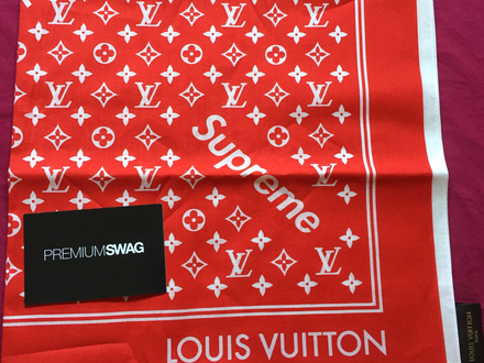 Louis Vuitton x Supreme monogram bandana red NEW DS - photo 1/5