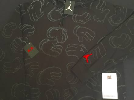 Air Jordan X Kaws Pullover Fleece Hoodie Hooded Black Size XL EAN 884485-010 - photo 1/7