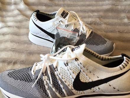 Nike Flyknit Trainer White Black - photo 1/5