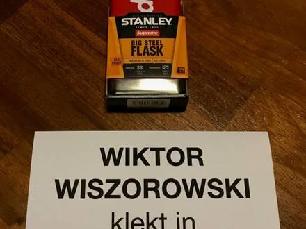 Supreme Stanley Adventure Flask - photo 1/5