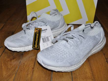 <strong>Adidas</strong> <strong>Ultra</strong> <strong>Boost</strong> Uncaged <strong>Triple</strong> <strong>White</strong> LTD SIze 8 US 7.5 Uk 41 1/3 Eu - photo 1/8
