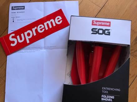 Supreme SOG shovel FW17 - photo 1/5