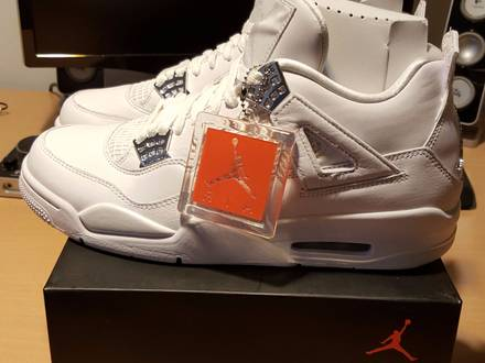 Air Jordan 4 Pure Money - photo 1/6