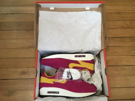 NIKE AIR MAX 1 PREMIUM OG DYNAMIC BERRY MULTIPLES SIZE US9,5/US10 - photo 1/6