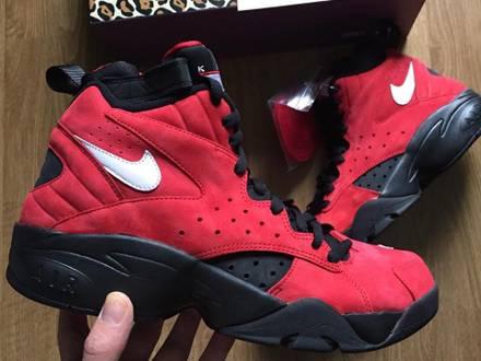 Nike Air Maestro II x Kith x Ronnie Fieg x Scottie Pippen Black red - photo 1/6