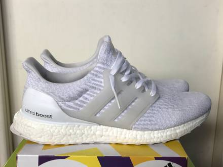<strong>Adidas</strong> <strong>Ultra</strong> <strong>Boost</strong> 3.0 <strong>Triple</strong> <strong>White</strong> - photo 1/5