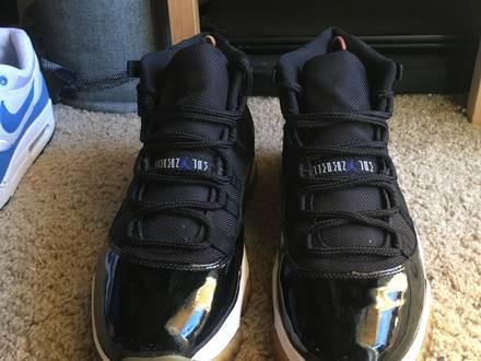 Air Jordan Retro 11 - photo 1/5