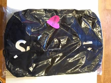 supreme duffle bag - photo 1/5
