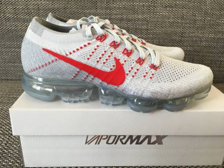 Nike Air Vapormax Flyknit University Red US10,5 - photo 1/6