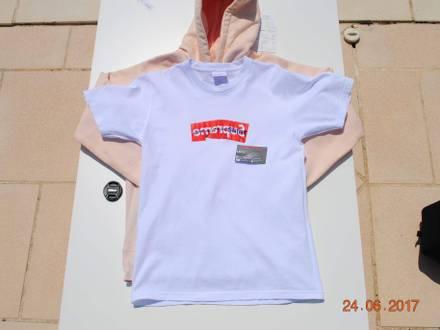 Supreme x cdg ss17 tee <strong>comme</strong> <strong>des</strong> garçons box logo size medium - photo 1/5