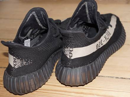 <strong>Adidas</strong> Yeezy V2 - Black & <strong>White</strong> (oreo) - photo 1/5