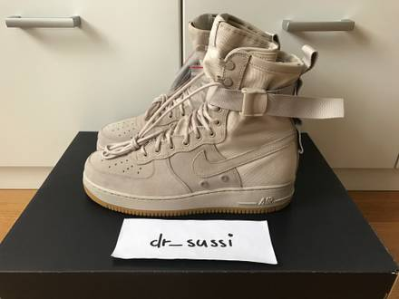 <strong>Nike</strong> <strong>Air</strong> Force 1 Special Field Utility Boot SF AF1 String/Gum - photo 1/5