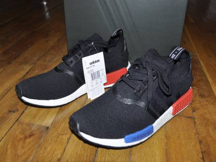 <strong>Nmd</strong> R1 Core Black Lush Red 2017 OG Size 10.5 Us 10 Uk 44 2/3 Eu - photo 1/8