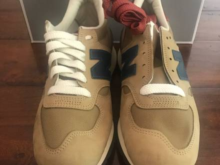 <strong>New</strong> <strong>Balance</strong> Classics -<strong>990</strong> (saddle/tan) size 9 - photo 1/5