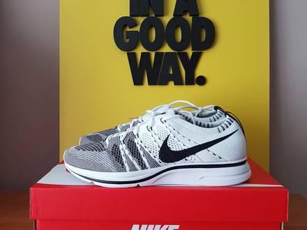 Nike Flyknit Trainer - photo 1/6