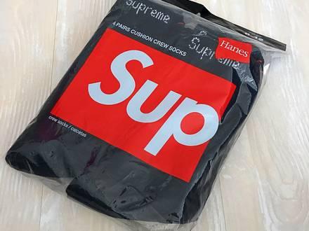 SUPREME HANES SOCKS BLACK - photo 1/5
