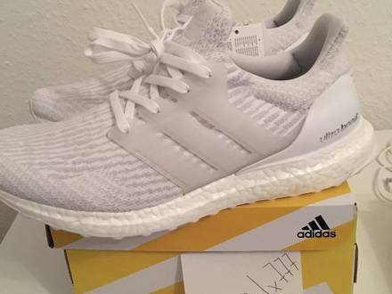 <strong>Adidas</strong> <strong>Ultra</strong> <strong>Boost</strong> 3.0 <strong>Triple</strong> <strong>White</strong> - photo 1/7