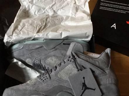 Nike air Jordan 4 kaws - photo 1/6