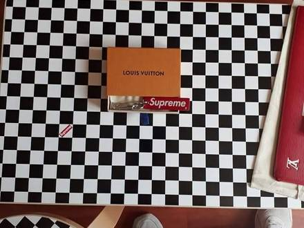 Supreme x Louis Vuitton Keychain Boxlogo - photo 1/5
