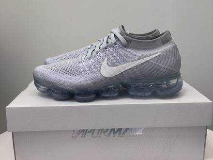 WMNS Nike Air <strong>Vapormax</strong> Flyknit Pure Platinium Grey US7 9.5 - photo 1/6