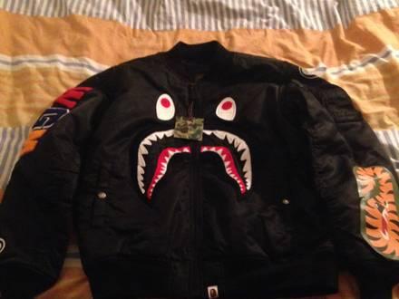 <strong>Bathing</strong> <strong>ape</strong> bape shark bomber jacket. - photo 1/7