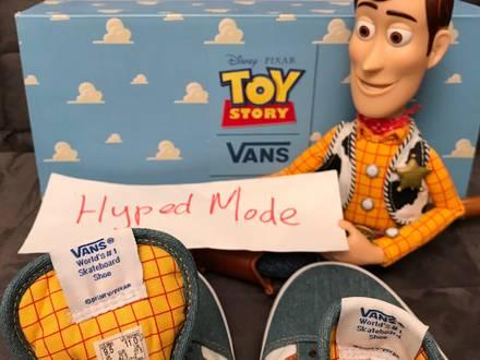 Vans old skool toy story pixar size M-US9.5 W-US11 - photo 1/8
