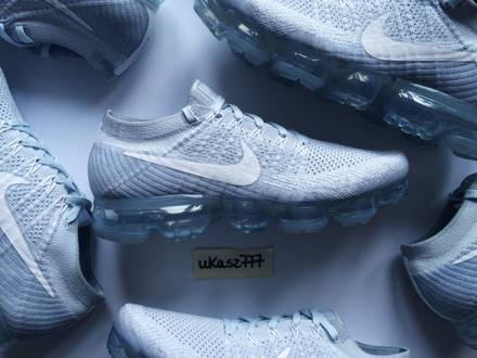 Nike Air <strong>VaporMax</strong> Flyknit Pure Platinum White Wolf Grey - photo 1/6